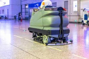 Nettoyer efficacement les sols des grandes surfaces